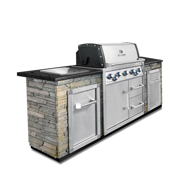 Broil King Imperial 590 Built-In With Cabinet (LPG) Image 1