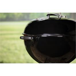 Weber Original Kettle E-5730 Charcoal Grill 57cm Thumbnail Image 4