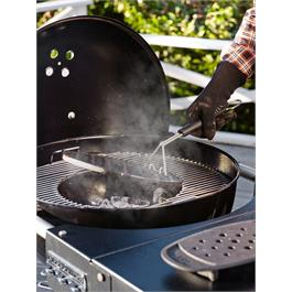 Weber Performer Deluxe GBS Charcoal Grill 57cm Thumbnail Image 2