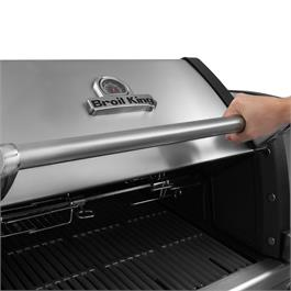 Broil King Imperial 590 Built-In With Cabinet (LPG) Thumbnail Image 16