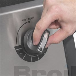 Broil King® Monarch™ 340 Barbecue Thumbnail Image 8
