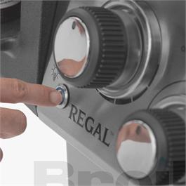 Broil King® Regal™ S 490 IR Gas Barbecue Thumbnail Image 7