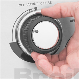 Broil King® Regal™ S590 IR Gas Barbecue Thumbnail Image 19